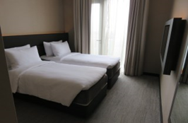 アクイーン ホテル パヤレバー