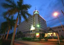 クルンシリ・リバー・ホテル