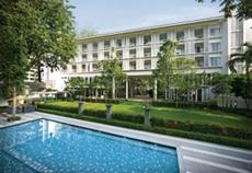 ローンパインホテル
