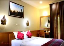 マノハラ ホテル