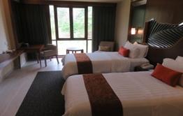 ニルワナ リゾート ホテル