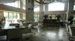 エクアリアス ホテル